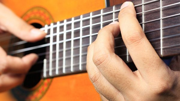 Introduction to Fingerpicking on the Guitar